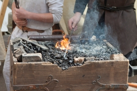 Semur en Auxois fête médiévale